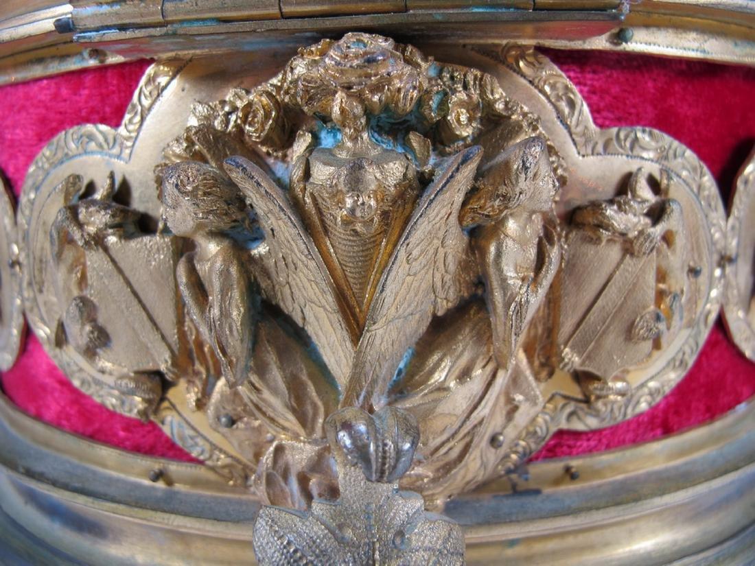 Antique French gilt bronze jewelry box - 8