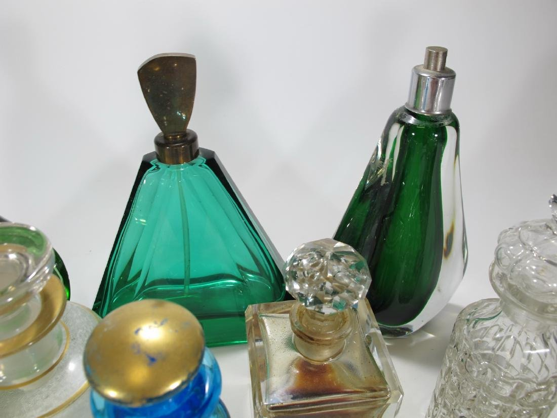 Chanel, Oscar de la Renta & others perfurm bottles - 2
