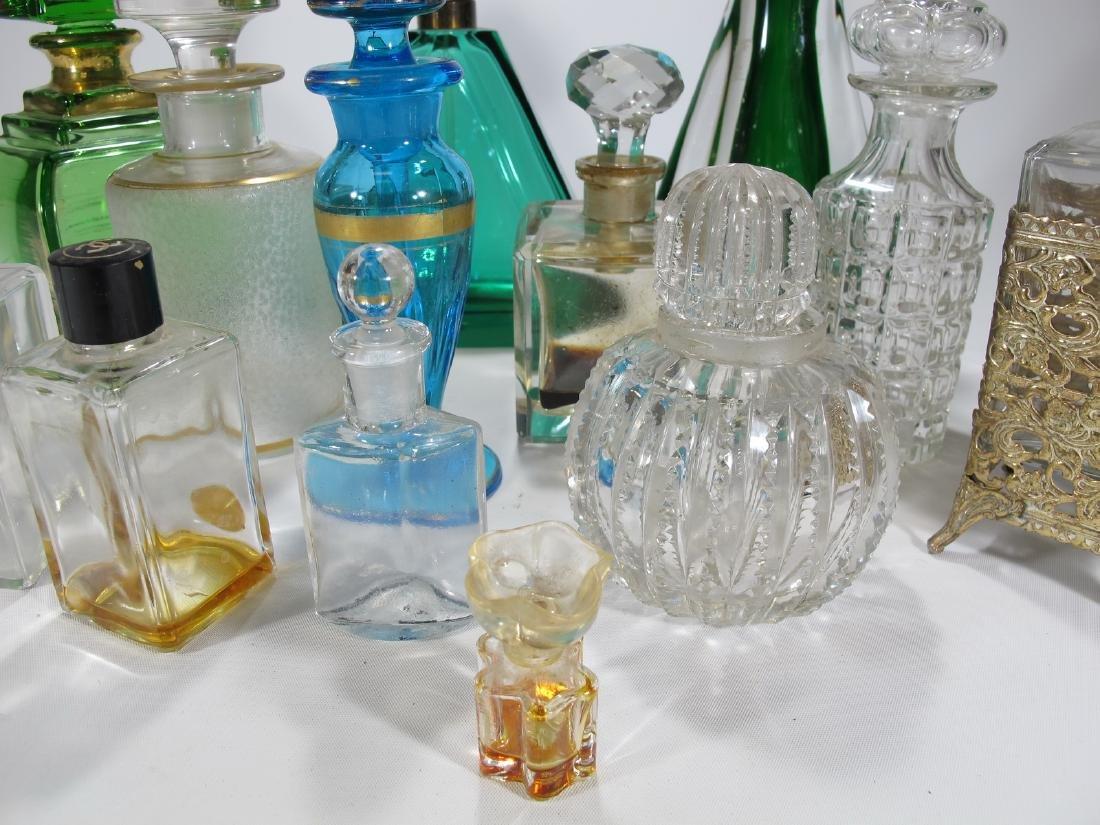 Chanel, Oscar de la Renta & others perfurm bottles - 5