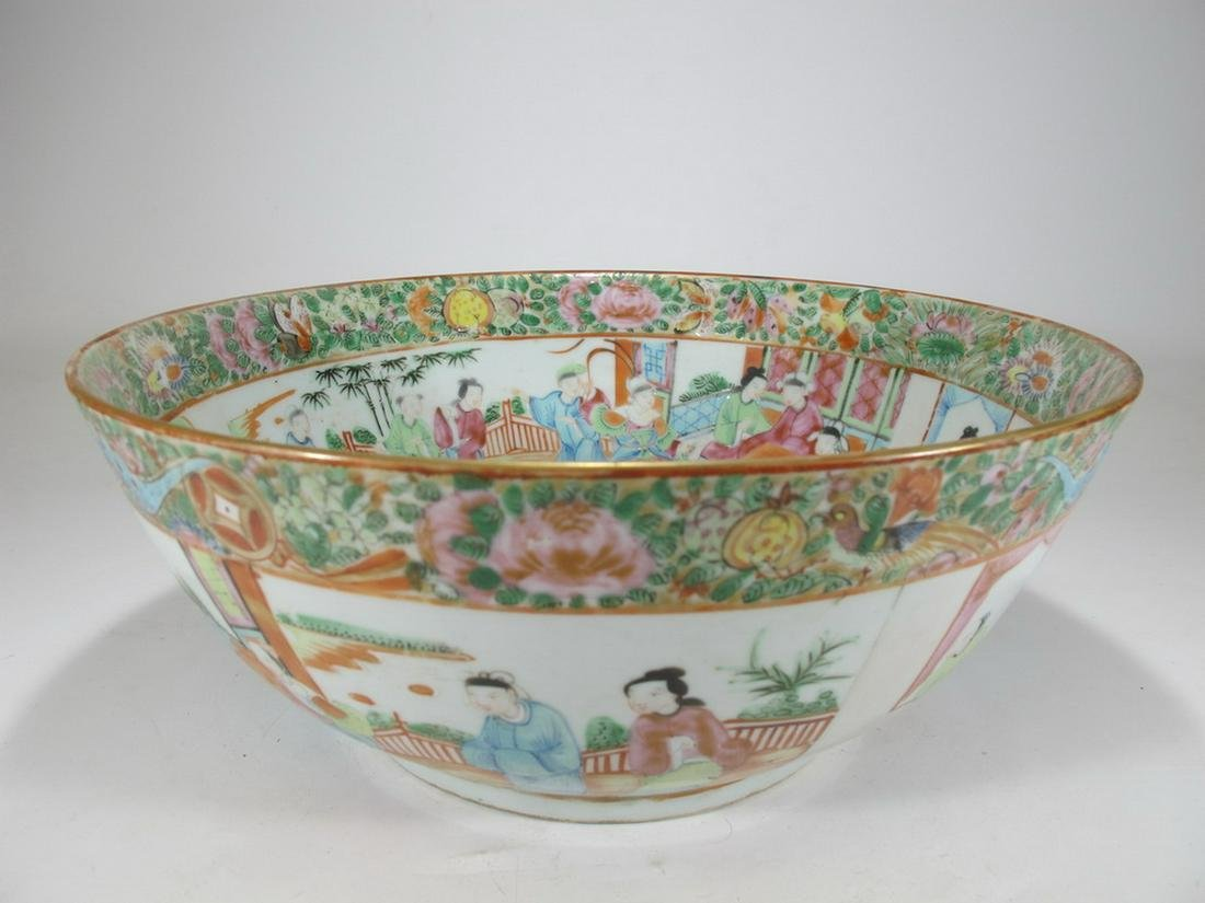 Antique Chinese Rose Medallon porcelain bowl