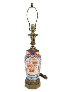 Vinatge Japanese Imari porcelain lamp