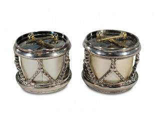 Silverpalte pair of salt & pepper drum shakers