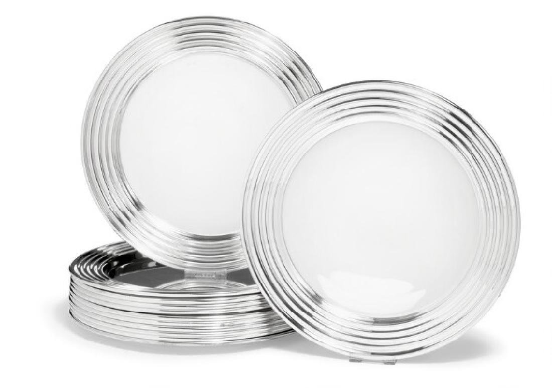 Inger Møller: 12 sterling silver and silver plates with