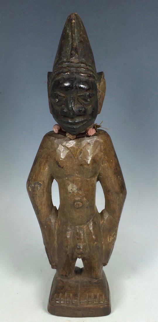Yuroba Statue