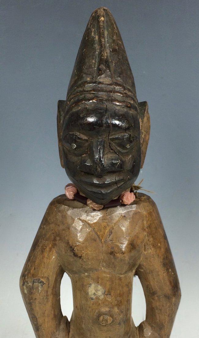 Yuroba Statue - 2