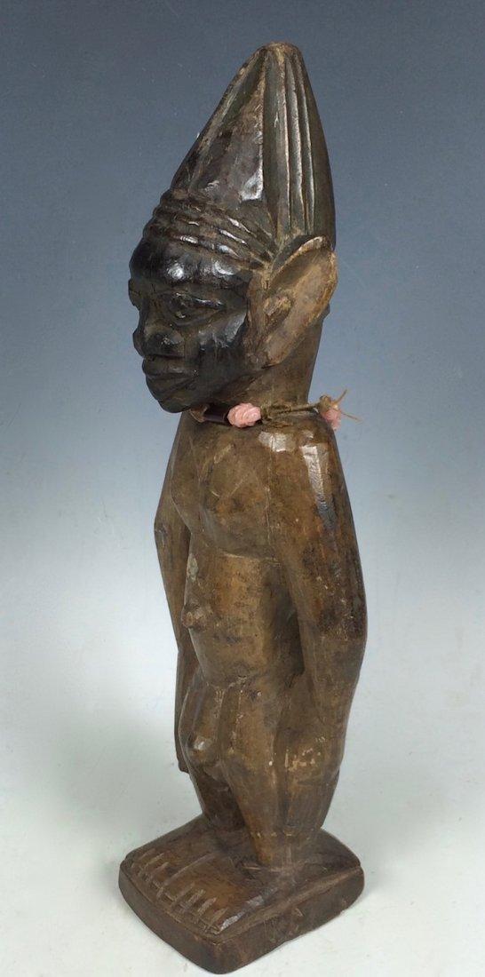 Yuroba Statue - 4