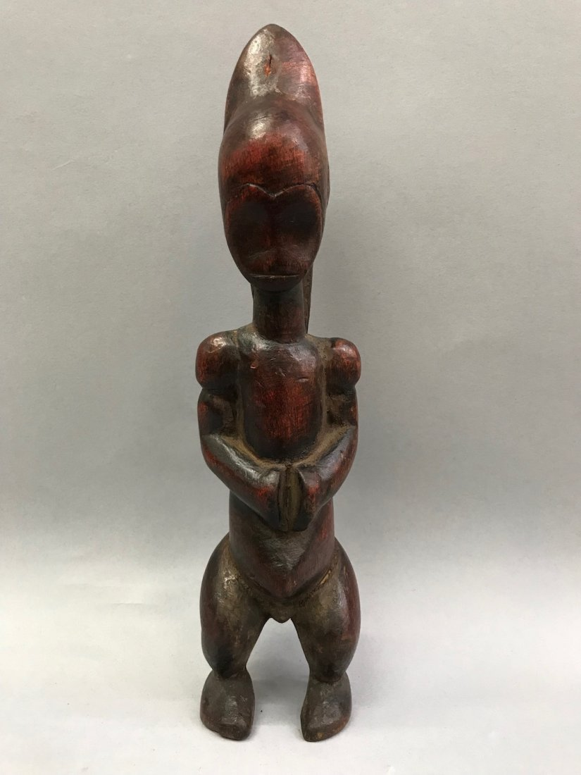 Fang Statue