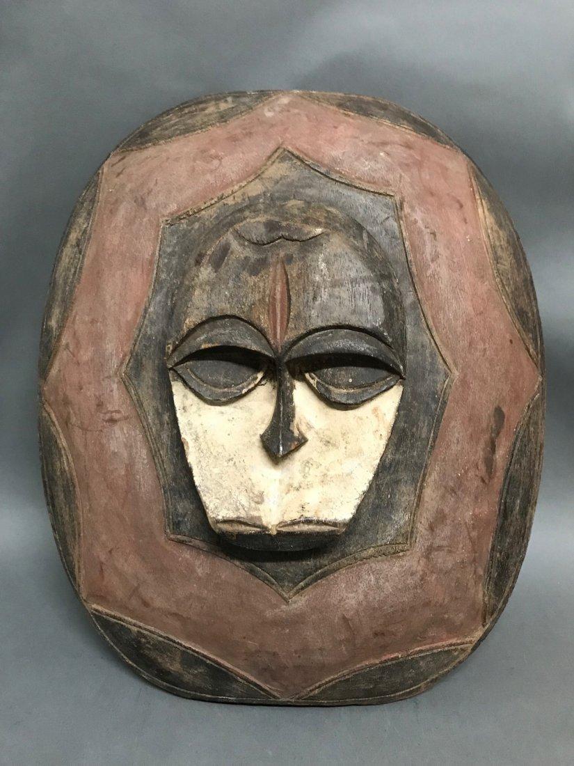 Kwele Shield