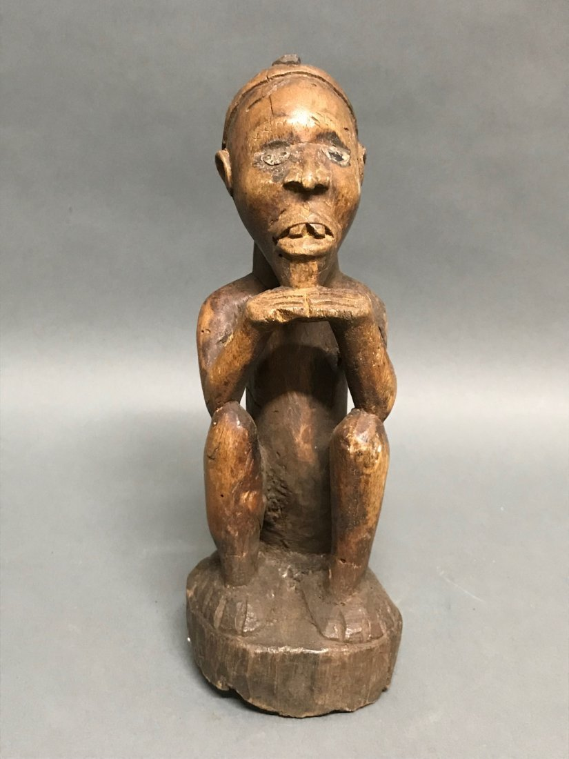 Bacongo Statue