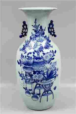 REPUBLIC OF CHINA BLUE WHITE LARGE VASE