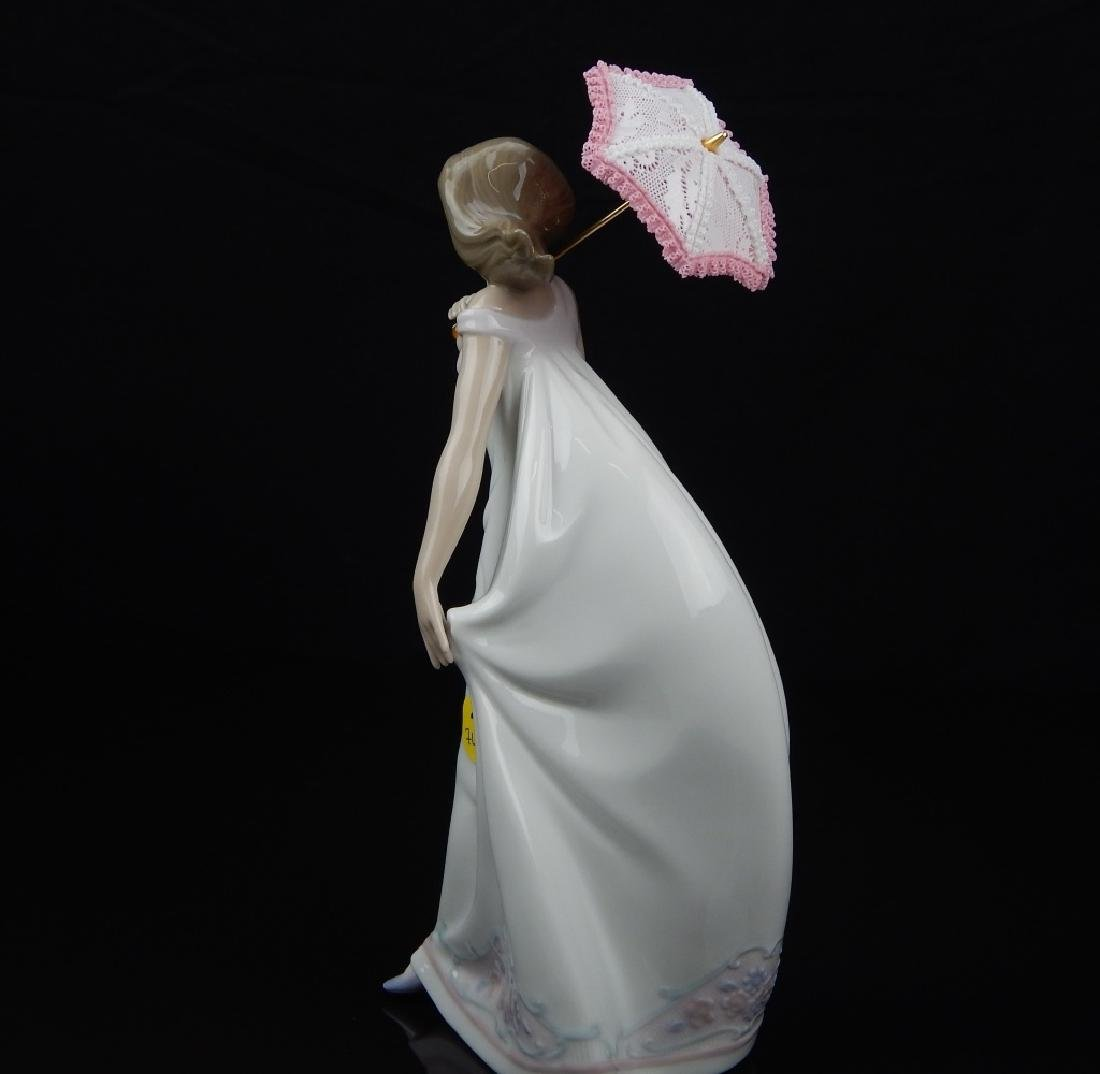 "LLADRO # 7636 ""AFTERNOON PROMENADE"" FIGURE - 2"
