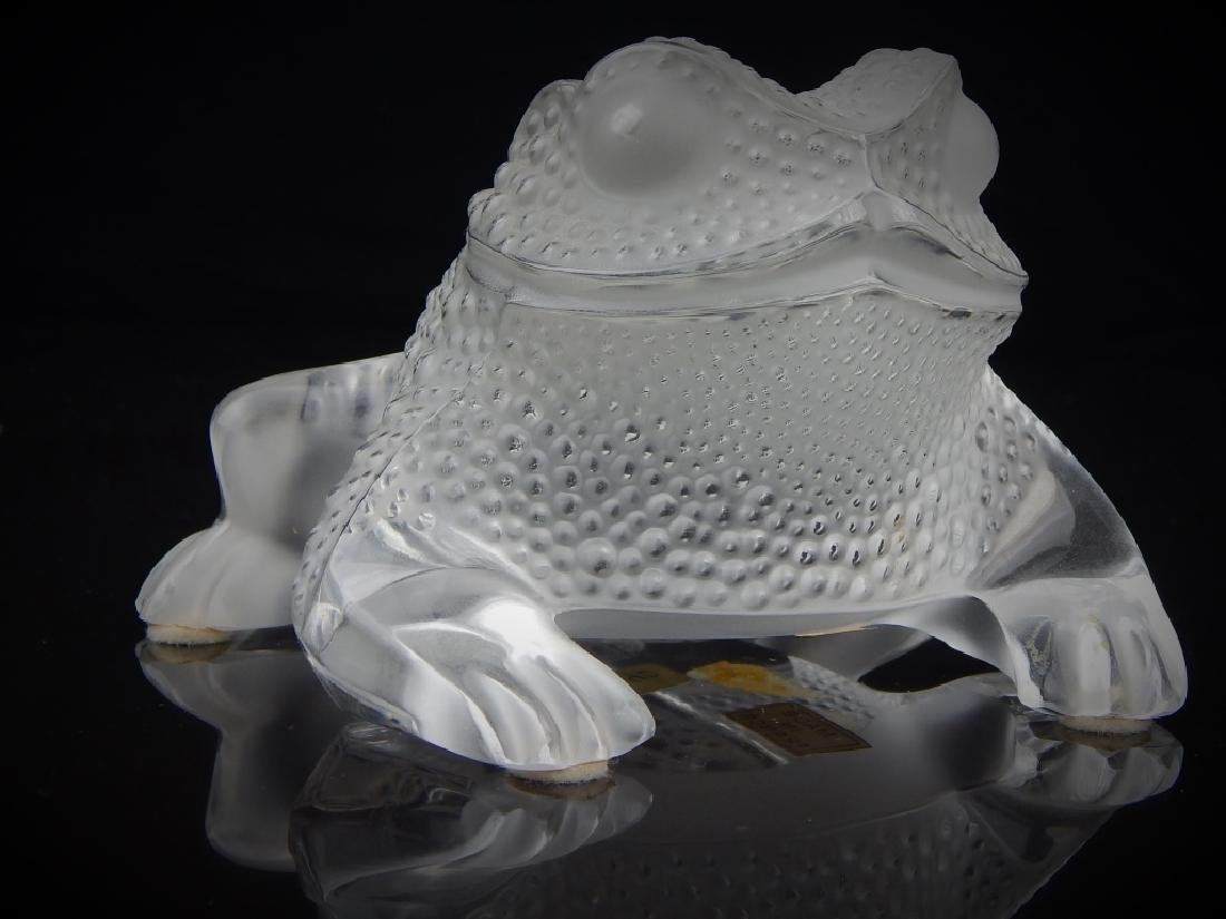 LALIQUE FRANCE CRYSTAL FROG SCULPTURE