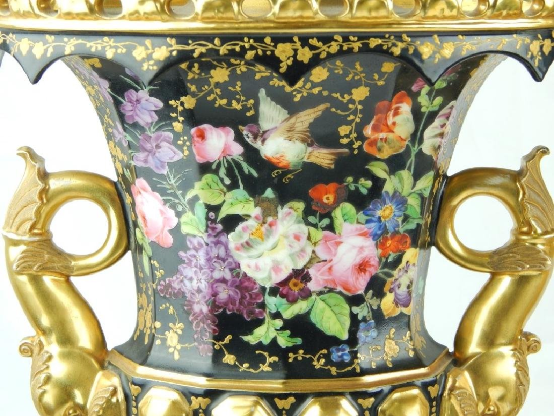 PAIR ANTIQUE OLD PARIS HAND PAINTED LAMPS - 8