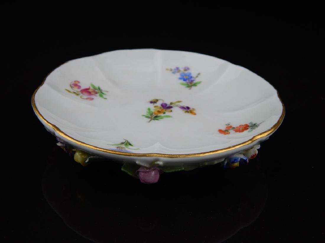 (6) ANTIQUE MEISSEN CUPS/SAUCERS WITH FLOWERS - 4
