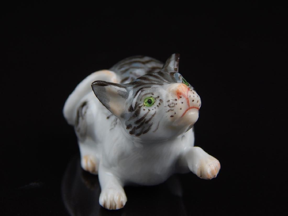 ANTIQUE MEISSEN MINIATURE PORCELAIN CATS - 5