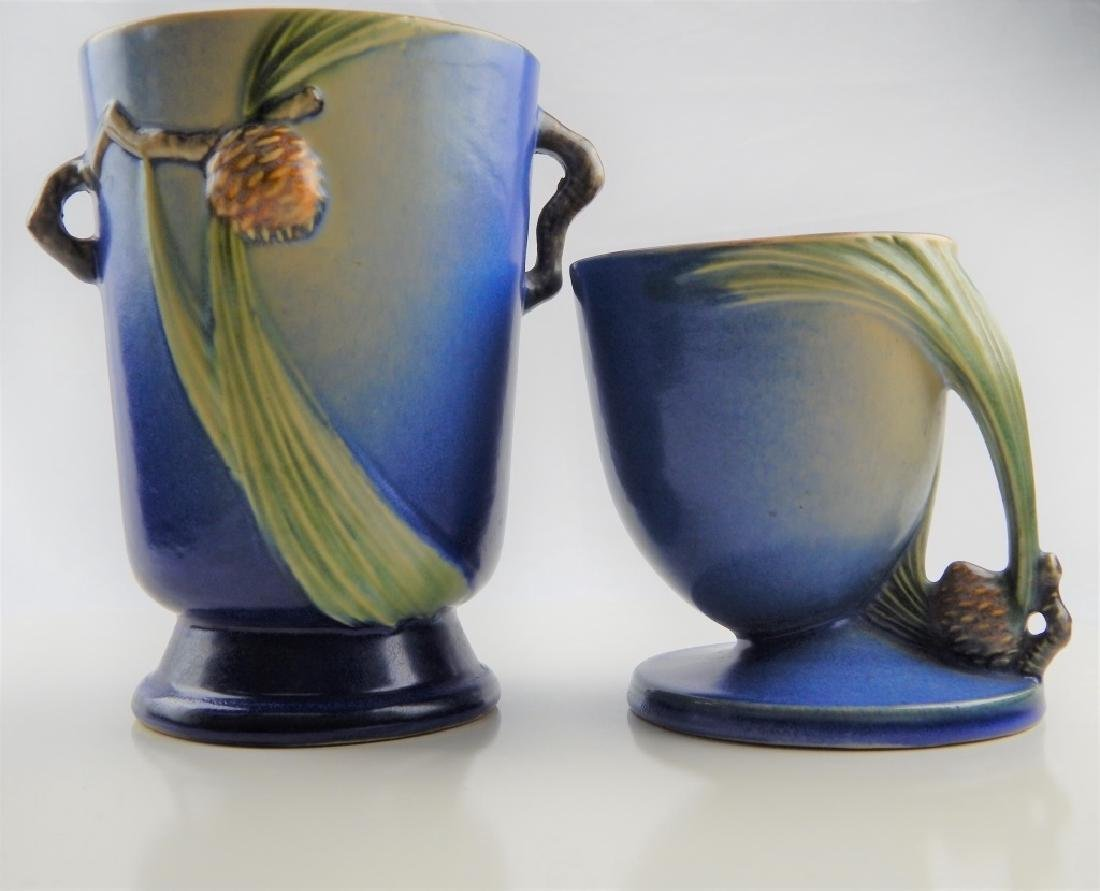 ROSEVILLE PINECONE POTTERY GROUP