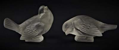 Pr R LALIQUE FRANCE FROSTED CRYSTAL SPARROW BIRDS