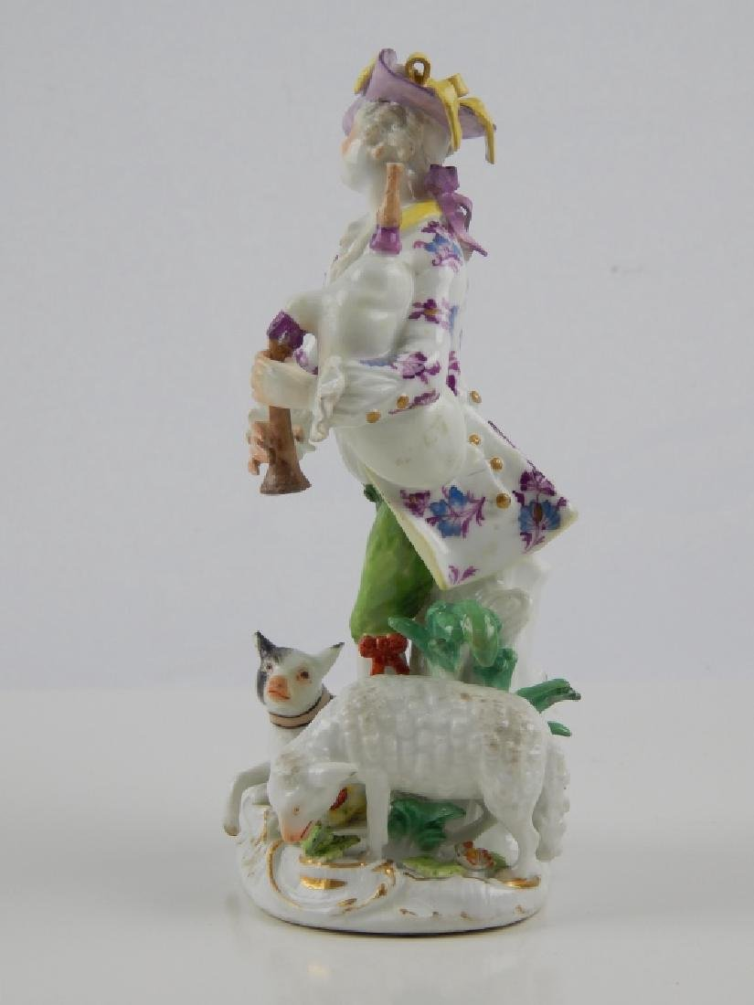 ANTIQUE MEISSEN PORCELAIN BAGPIPE PLAYER FIGURE - 2