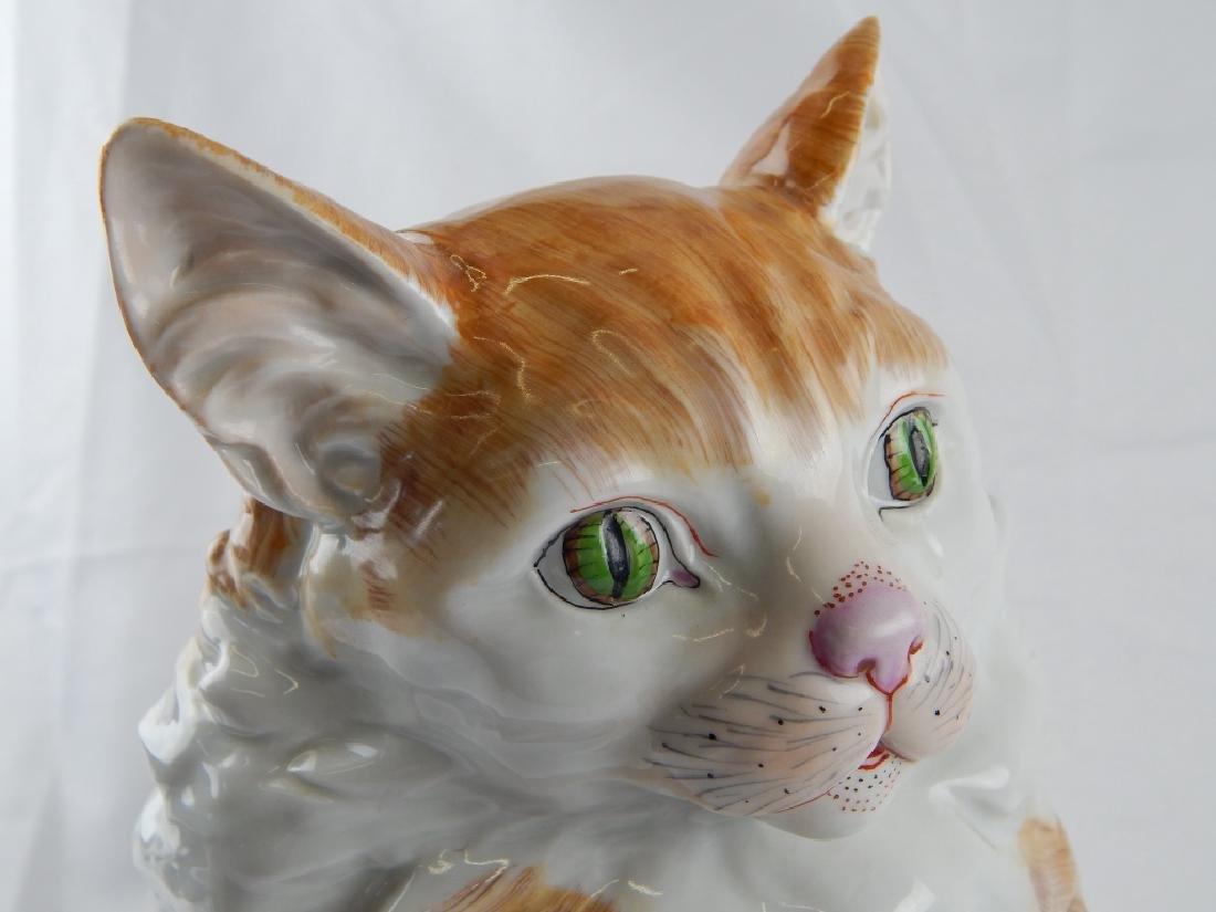 LARGE DRESDEN PORCELAIN SEATED CAT SCULPTURE - 3