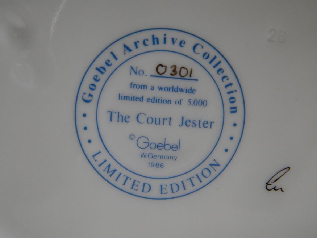 GOEBEL COURT JESTER LIMITED EDITION FIGURE #301 - 4