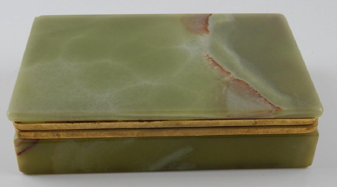 VINTAGE GREEN ONYX RECTANFULAR HINGED BOX