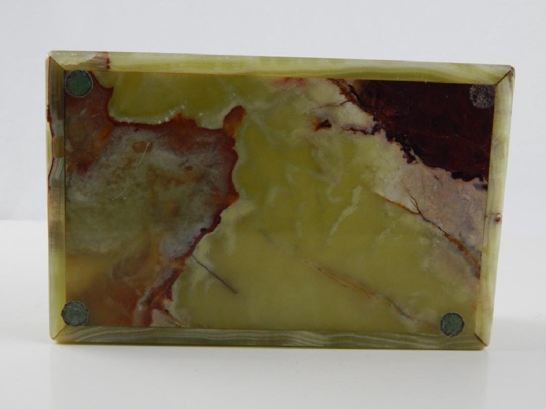 VINTAGE GREEN ONYX RECTANFULAR HINGED BOX - 3