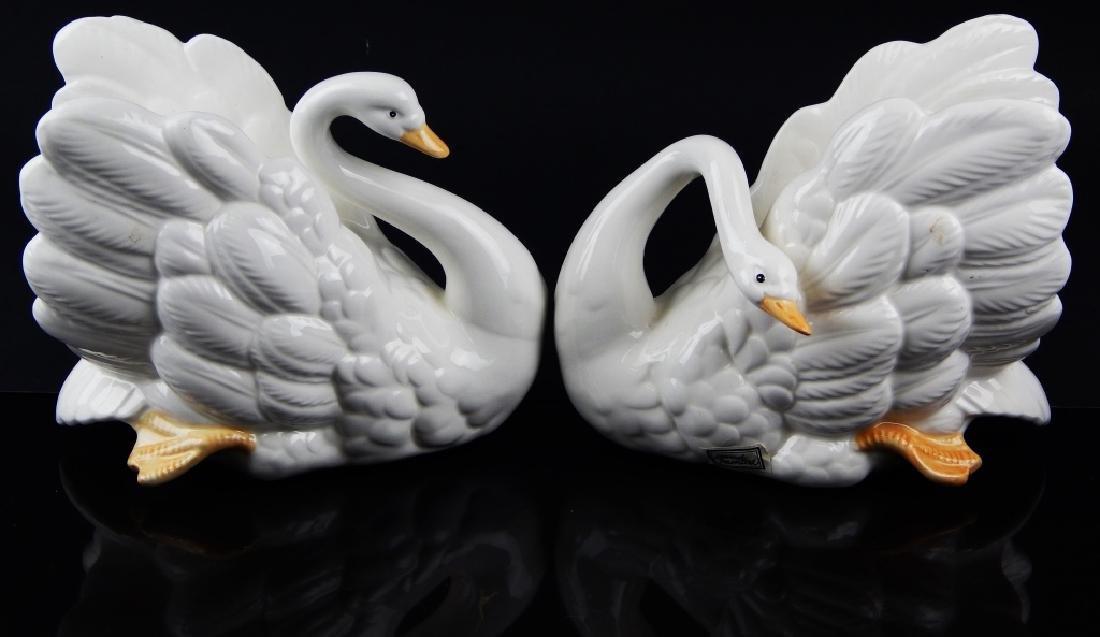 2 FITZ & FLOYD GLAZED PORCELAIN SWAN FIGURES