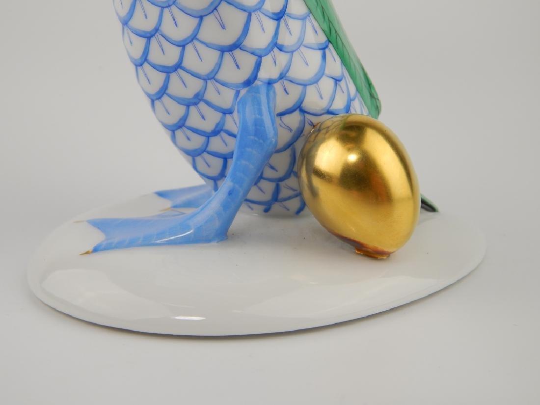 HEREND PORCELAIN BLUE FISHNET GOOSE w GOLDEN EGG - 3