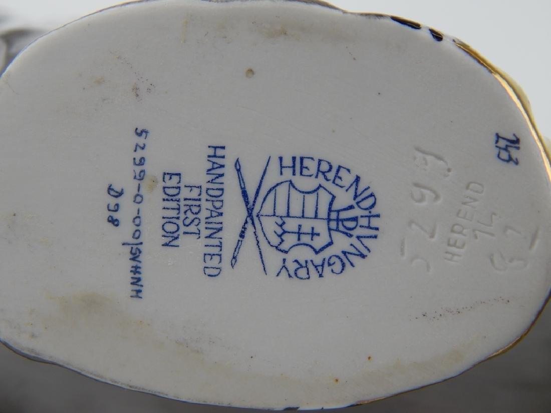 LARGE HEREND PORCELAIN BLACK FISHNET POLAR BEAR - 6