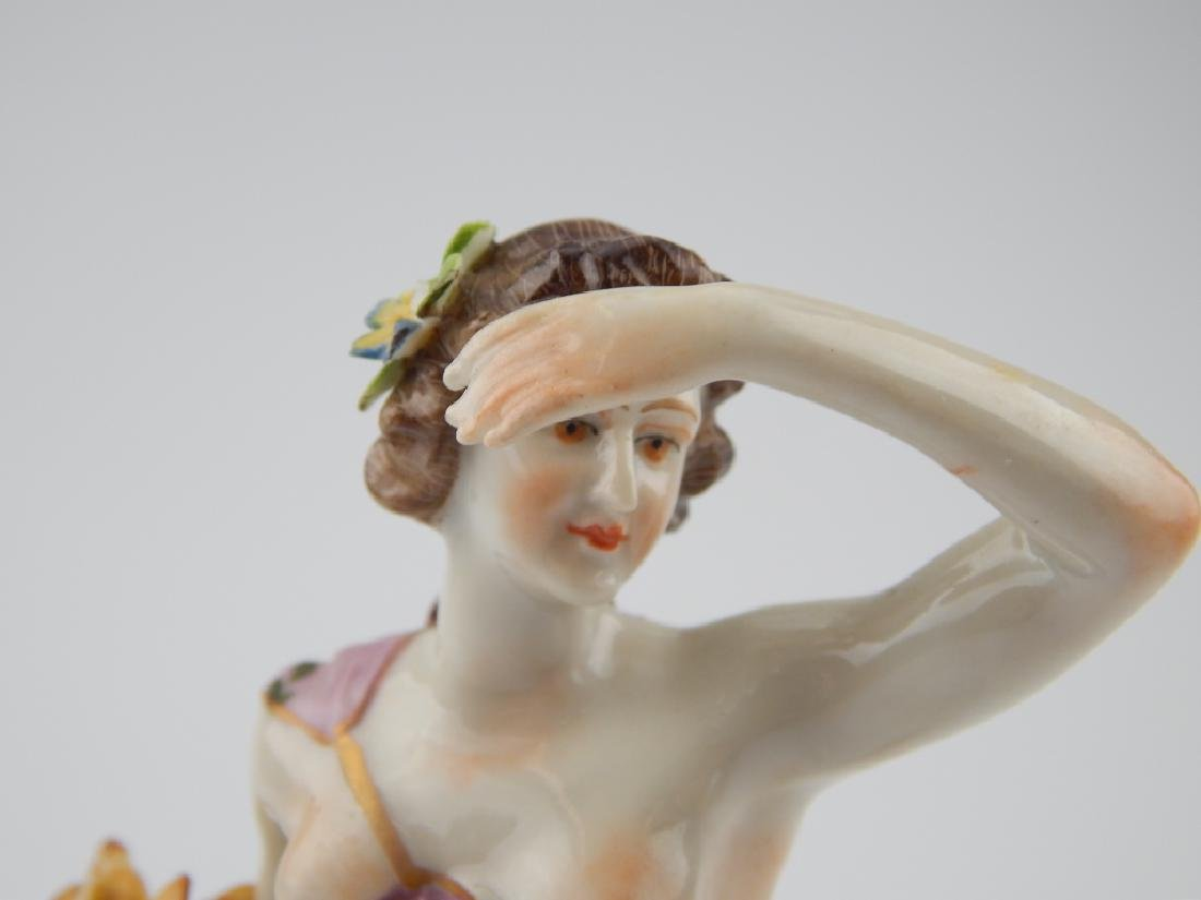 18th/19th CENTURY EUROPEAN PORCELAIN FIGURE - 2