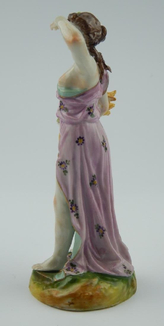 18th/19th CENTURY EUROPEAN PORCELAIN FIGURE - 4
