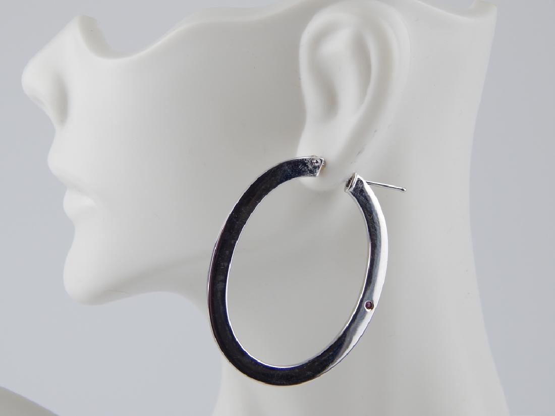 ROBERTO COIN 18K WHITE GOLD OVAL HOOP EARRINGS