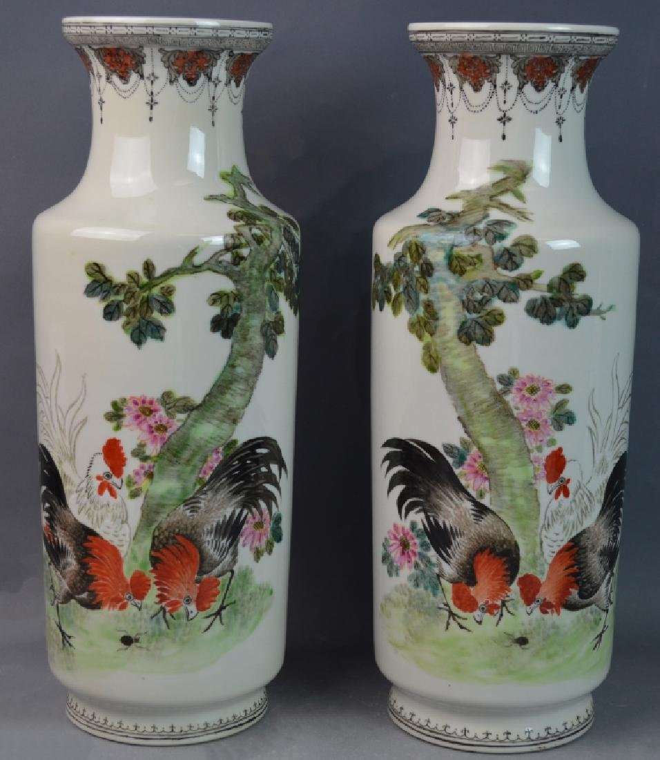 Pr CHINESE QIANLONG FAMILLE ROSE ROOSTERS VASES