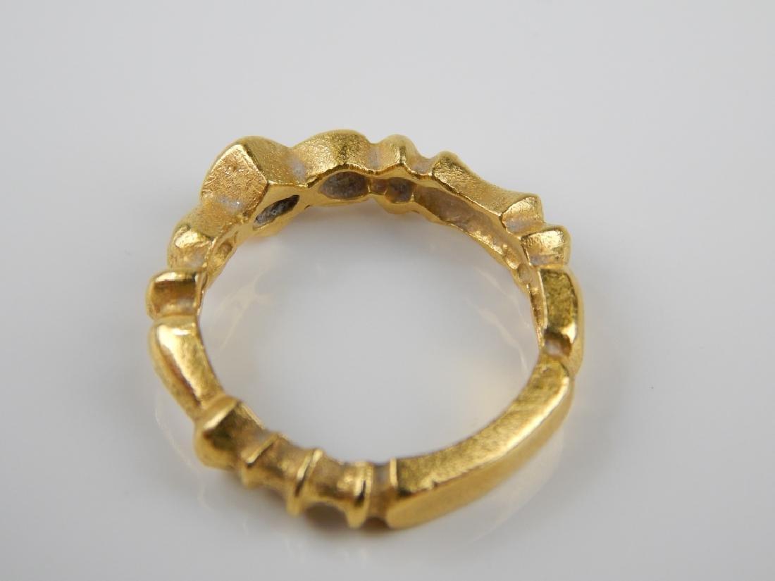 18K YELLOW GOLD DIAMOND RIBBED BAND RING Sz 6.25 - 3