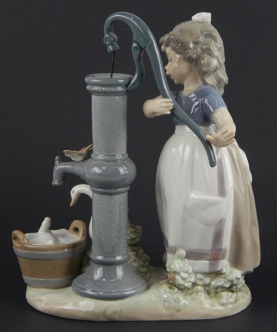 "LLADRO #5285 ""ON THE FARM"" FIGURE"