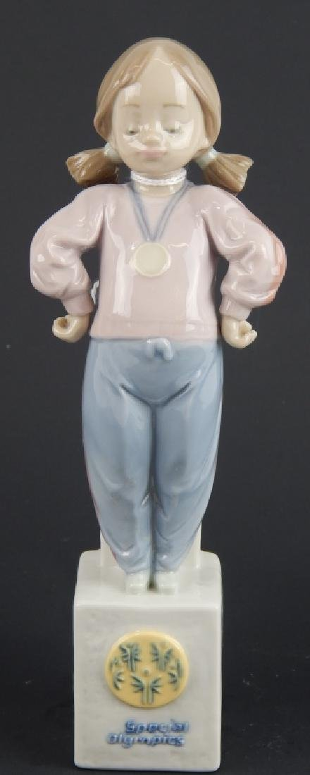"LLADRO #7515 ""SPECIAL OLYMPICS"" PORCELAIN FIGURE"