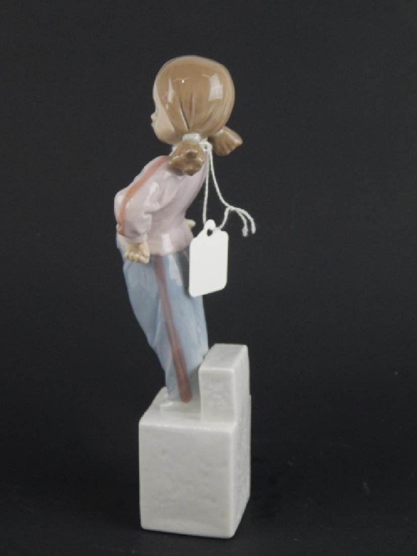"LLADRO #7515 ""SPECIAL OLYMPICS"" PORCELAIN FIGURE - 2"