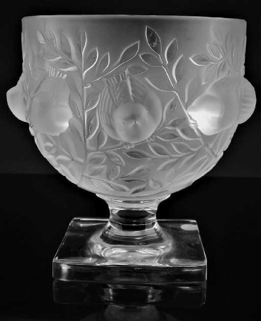 Lalique Elizabeth Footed Crystal Birds Vase