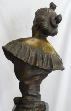 LARGE FRENCH BRONZE BUST OF SMILING WOMAN - 3