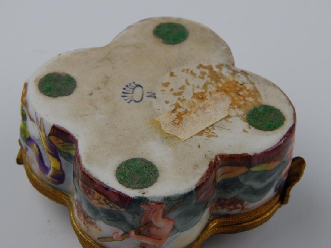 ANTIQUE CAPODIMONTE PORCELAIN CHERUBS HINGED BOX - 4