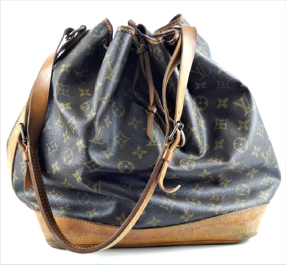 LOUIS VUITTON VINTAGE LEATHER MONOGRAM PURSE