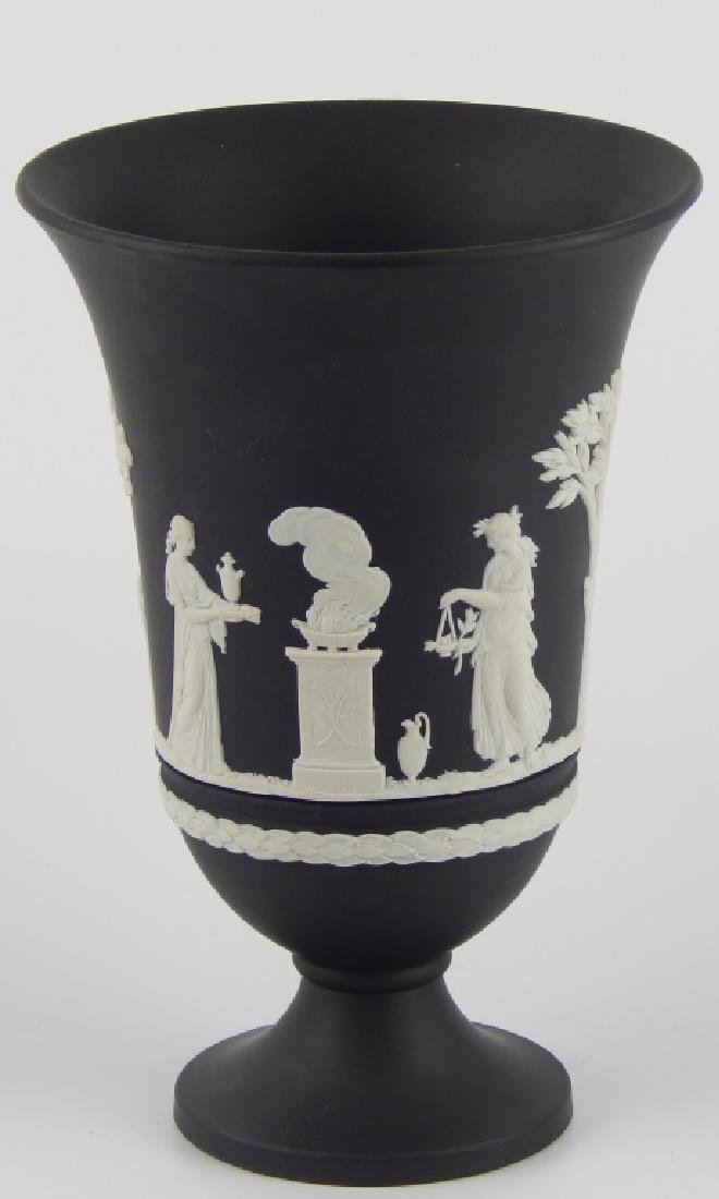 WEDGWOOD BLACK JASPERWARE SCENIC FOOTED VASE