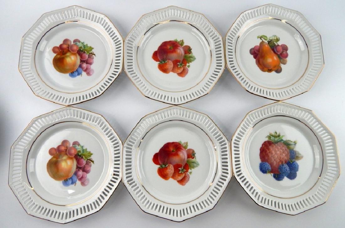 12 SCHWARZENHAMMER BAVARIA FRUIT DESSERT PLATES - 3