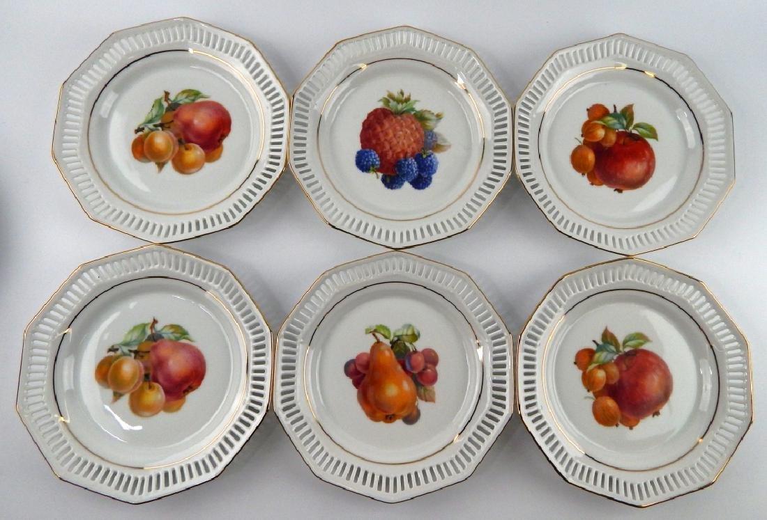 12 SCHWARZENHAMMER BAVARIA FRUIT DESSERT PLATES - 4