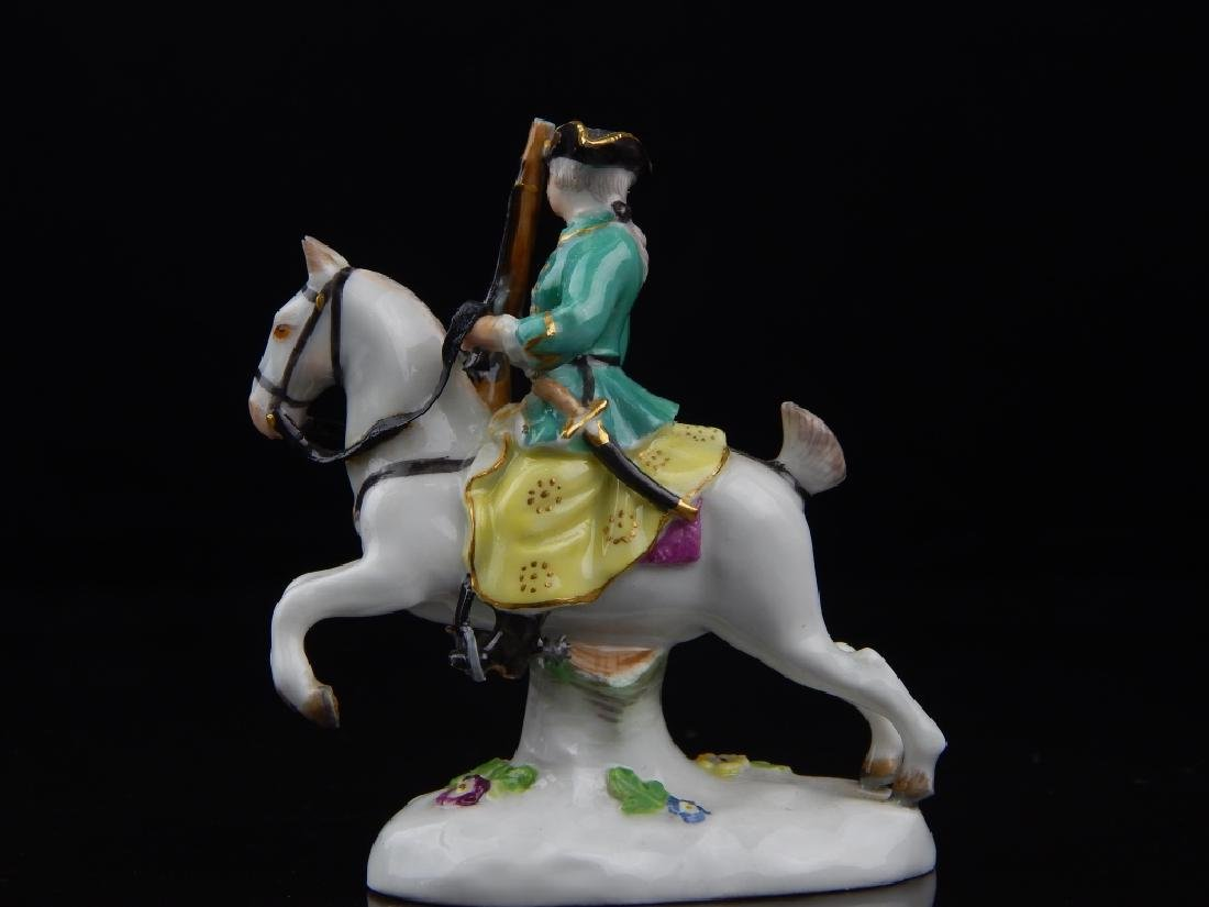 ANTIQUE MEISSEN MINIATURE SOLDIERS RIDING HORSES - 10