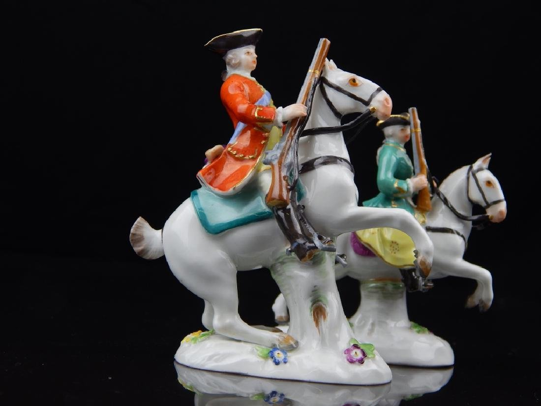 ANTIQUE MEISSEN MINIATURE SOLDIERS RIDING HORSES - 2