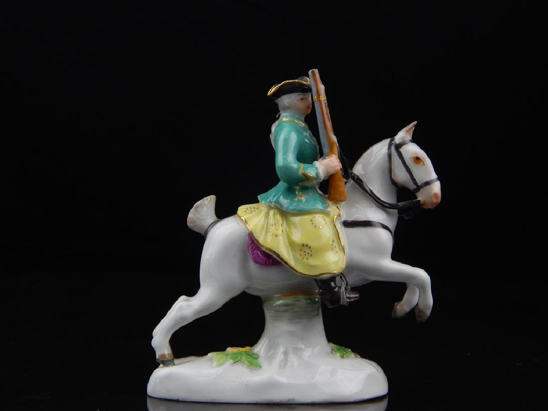ANTIQUE MEISSEN MINIATURE SOLDIERS RIDING HORSES - 9