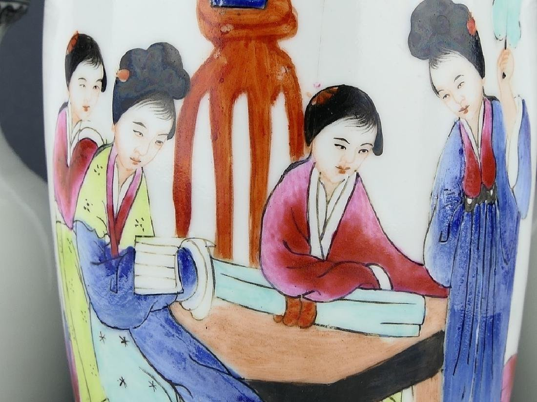 LOT OF 3 CHINESE FAMILLE ROSE PORCELAIN VASES - 4