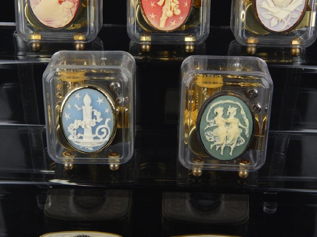 7 CAMEO DESIGN MUSIC BOXES AND COMPACTS - 3