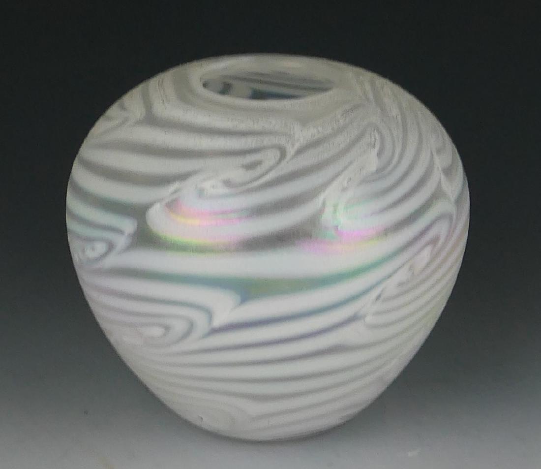 SIGNED STUDIO ART GLASS IRIDESCENT CABINET VASE